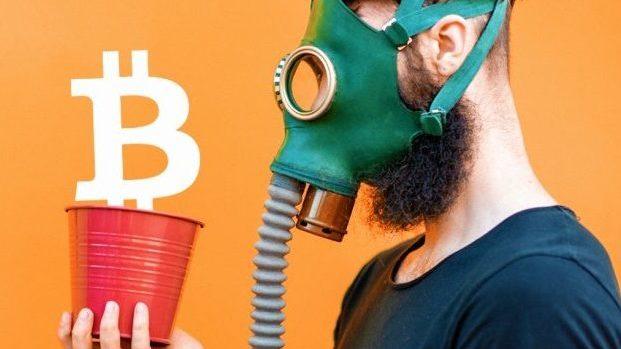 Bitcoin hay vàng, tài sản nào an toàn hơn thời Covid-19?