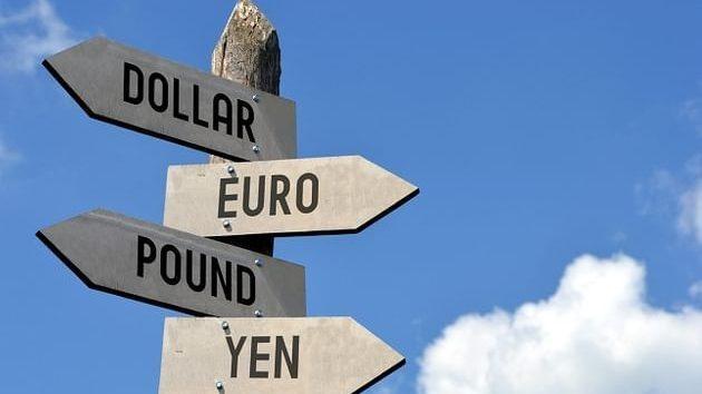 Tỷ giá ngoại tệ ngày 24/2: EUR và GBP tăng, USD giảm