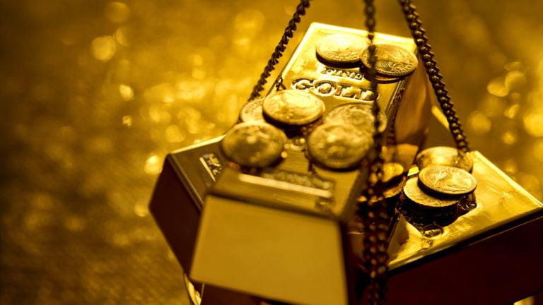 Giá vàng ngày 28/4: Dầu kéo vàng về sát ngưỡng 1.700 USD