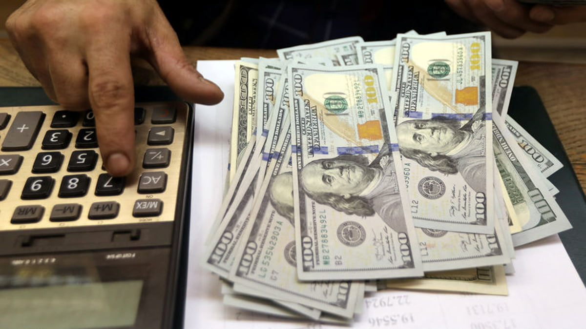 Tỷ giá ngoại tệ ngày 16/4: USD lấy lại những gì đã mất của cả tuần trước
