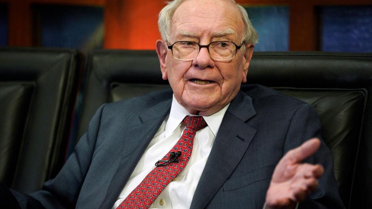 Huyền thoại đầu tư Warren Buffett và 'kỳ quan' lãi kép