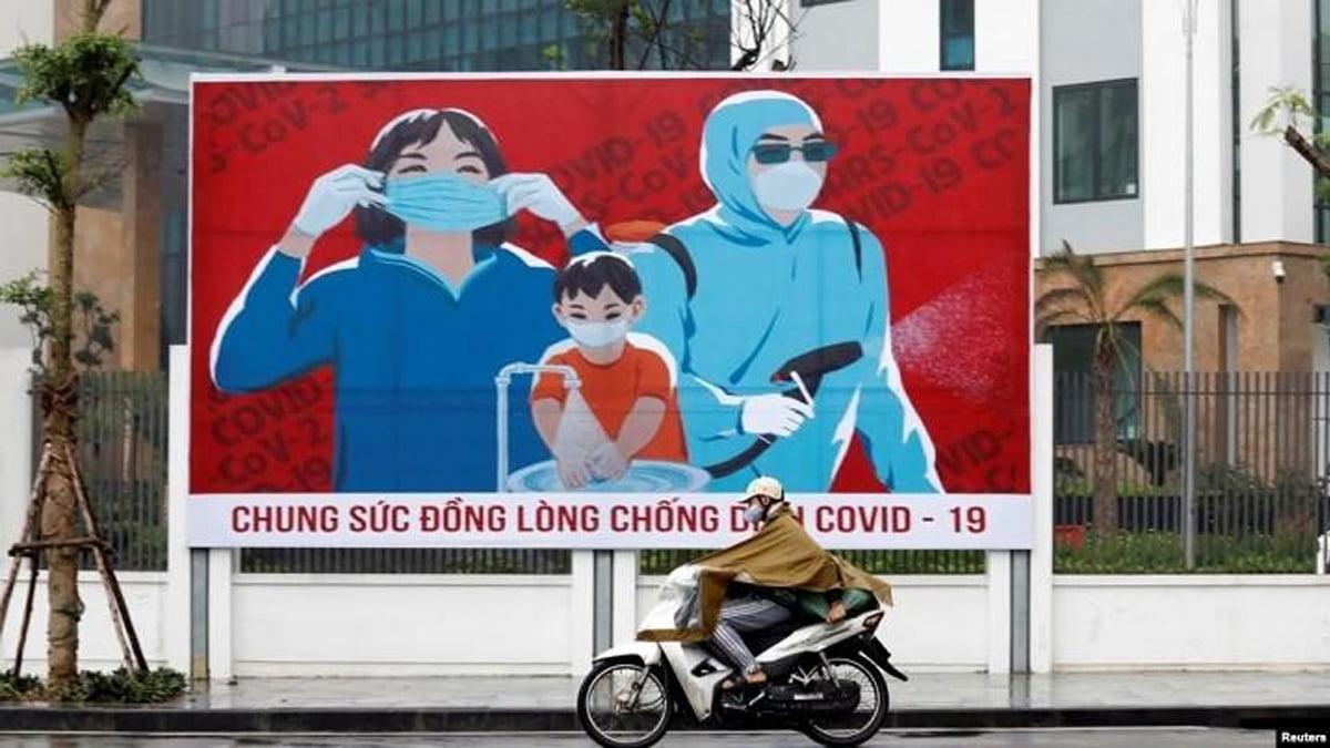 Reuters liên hệ 13 nhà tang lễ tại Hà Nội để tìm hiểu tình hình thời Covid-19