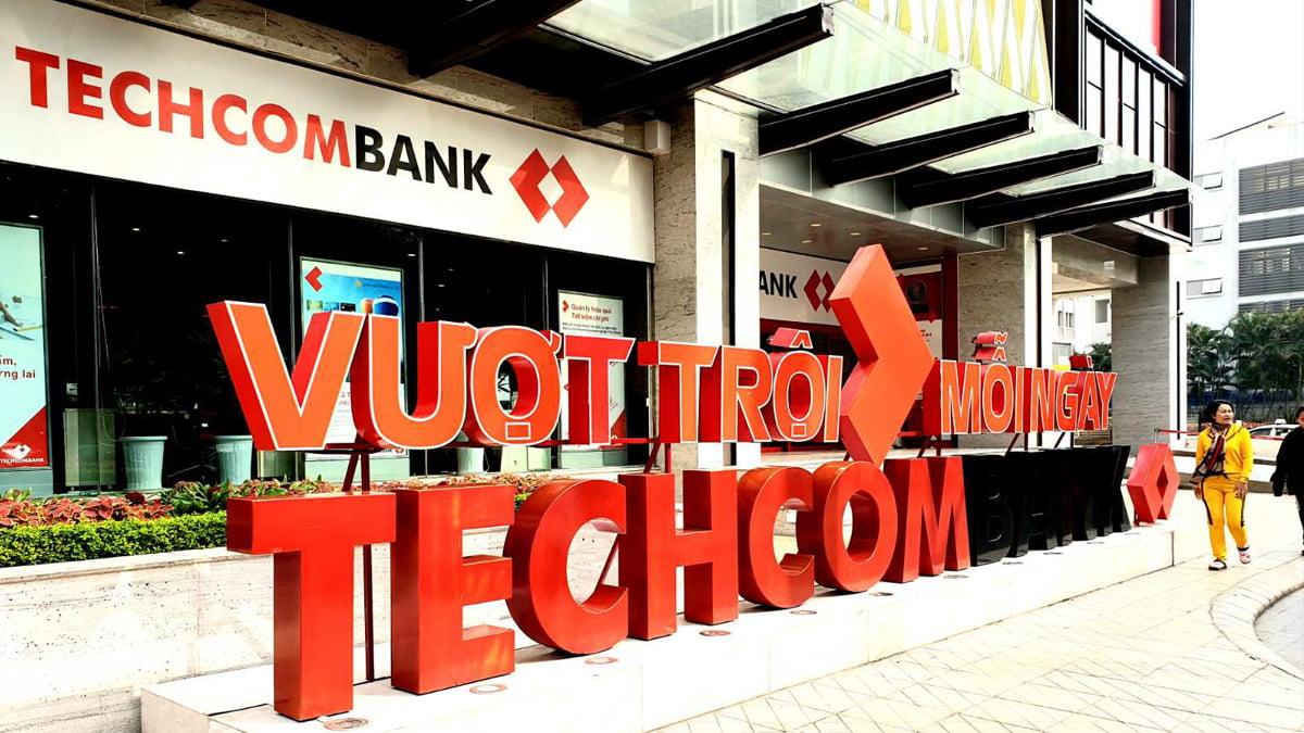 Techcombank xin lỗi khách hàng sau sự cố lỗi giao dịch điện tử