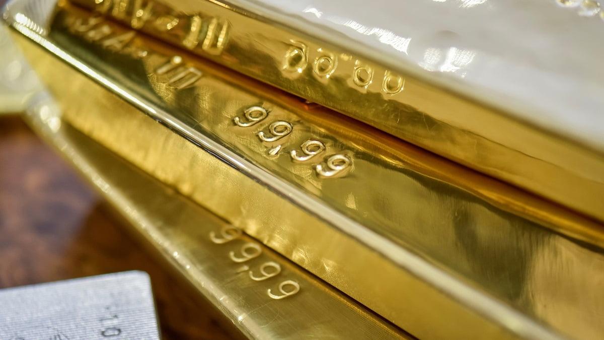 Giá vàng ngày 9/6: Bị kéo đẩy bởi USD và chứng khoán