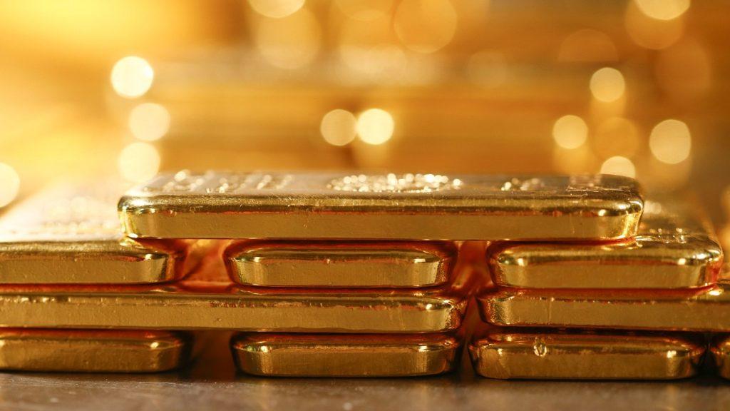 Giá vàng ngày 1/9: Tăng tiếp nhờ đồng USD suy yếu