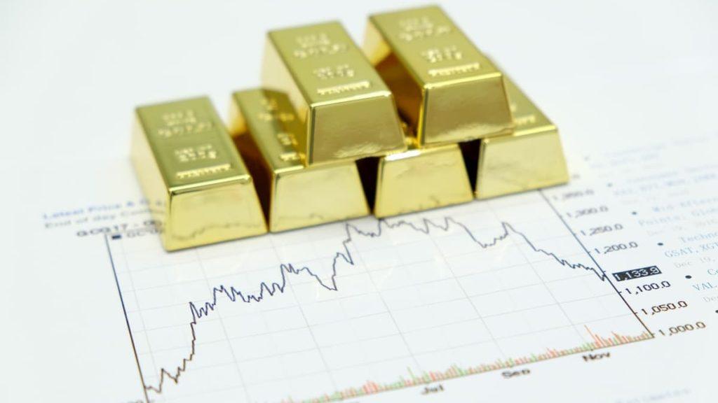 Giá vàng ngày 16/7: Cầu vàng vẫn cao bất chấp tin tốt từ vắc-xin Covid-19
