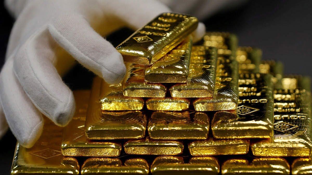 Giá vàng ngày 24/7: Sát ngưỡng kháng cự mới 1.900 USD/ounce