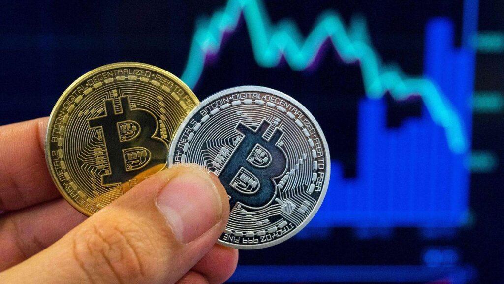 Thị trường tiếp tục tiến lên, Bitcoin lỡ mốc 12.000 USD