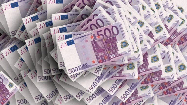 Tỷ giá ngày 5/8: Đồng Euro quay lại sát đỉnh 2 năm