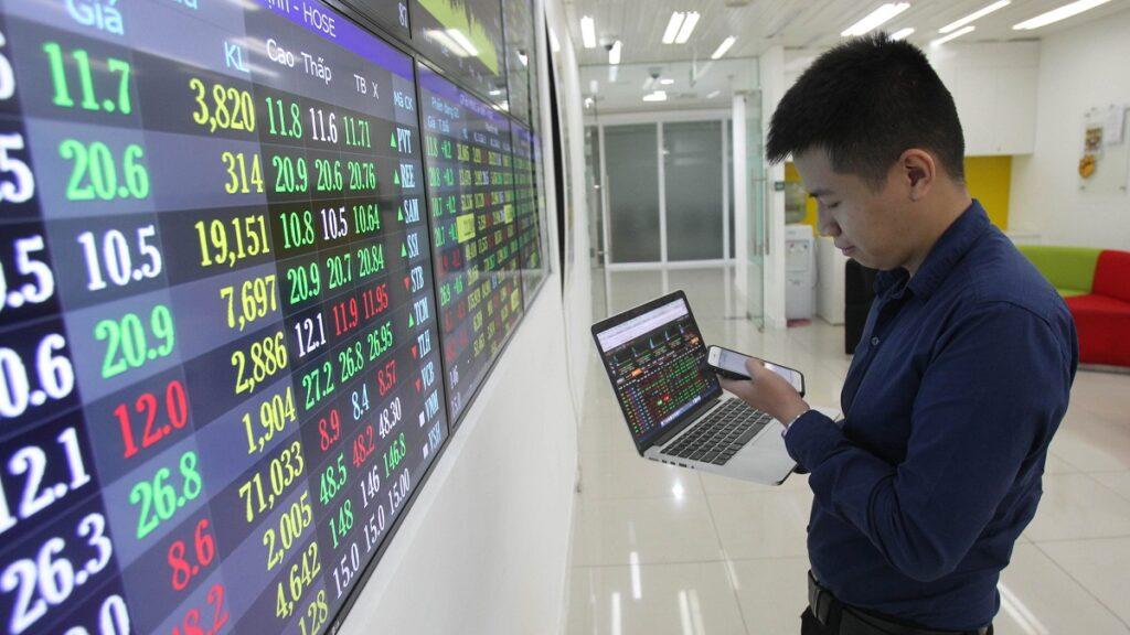 Chứng khoán Việt Nam chờ dòng vốn ngoại 200 triệu USD