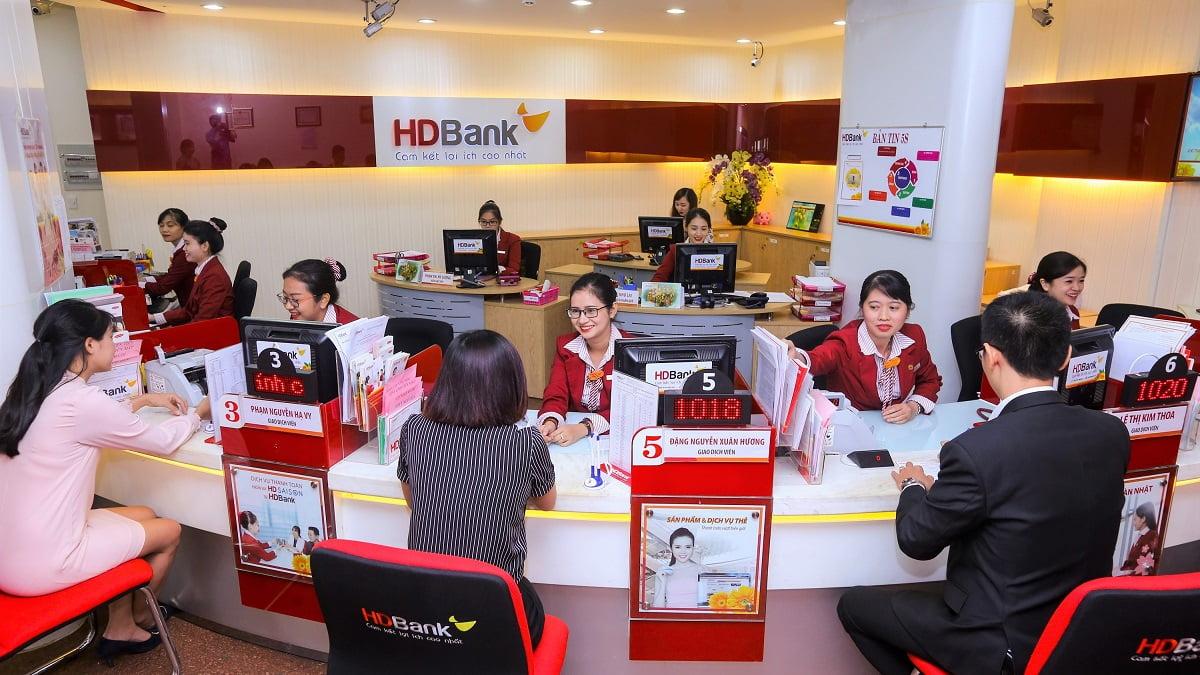 Lợi nhuận các ngân hàng giảm ít nhất 17.000 tỷ đồng