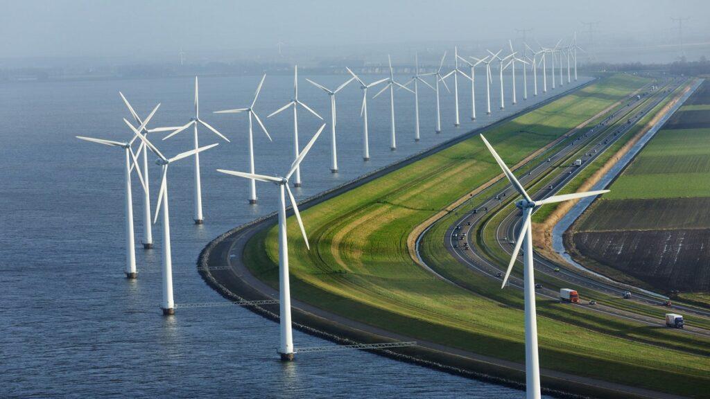 Chậm gia hạn biểu giá FiT có thể khiến ngành điện gió suy thoái