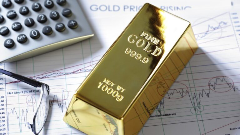 Lý giải mối tương quan mới giữa vàng và chứng khoán