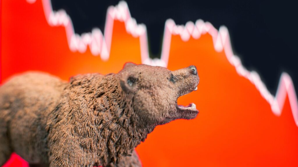 Những thuật ngữ chứng khoán bạn phải biết khi thị trường lao dốc